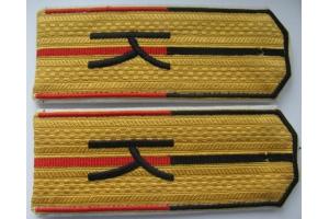 Погоны младшего офицерского состава  Корниловского ударного полка, образца 1919 года, копия